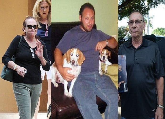 الصحافي الذبيح مع كلبيه، وفي الصورتين والداه، آرت وشيرلي سوتلوف