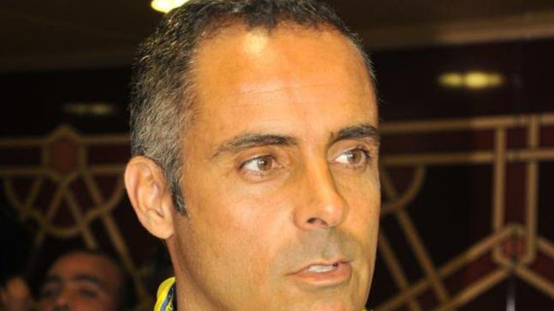 مدرب التعاون الجديد غوميز يصل إلى السعودية