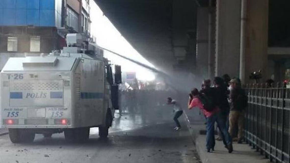 الشرطة التركية تقمع تظاهرة عمالية عقب حادث دام