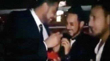 """بعد ظهور الفيديو..مصر تبحث عن العريس """"المثلي"""" الهارب"""