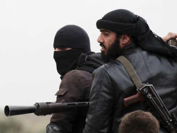 داعش يدمر أضرحة مشايخ الصوفية بريف دير الزور