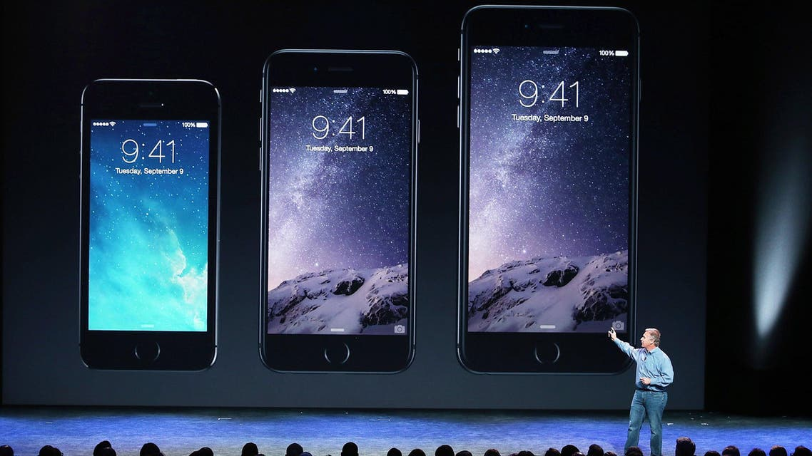 Apple Senior Vice President of Worldwide Marketing Phil Schiller announcees the new iPhone 6 during an Apple special event at the Flint Center for the Performing Arts on September 9, 2014 in Cupertino, California. (AFP)