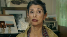 Mother of beheaded journalist Foley 'appalled' at U.S. government