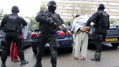 فرنسا.. اعتقال 5 روس كانوا يحضرون لاعتداءات