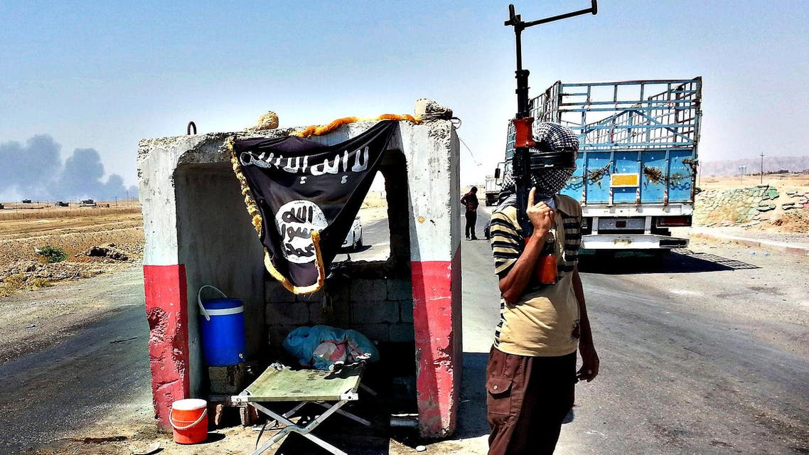 Facing U.S. air strikes in Iraq, ISIS fighters abandoned heavy weaponry that made them easy targets. (File Photo Courtesy: AP)