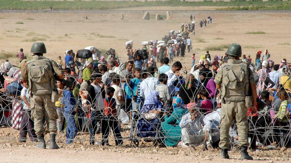 أكراد كرد كورد نازحين نازحون على الحدود التركية و السورية