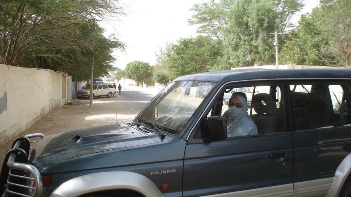 أمرأة تقود سيارة في موريتانيا
