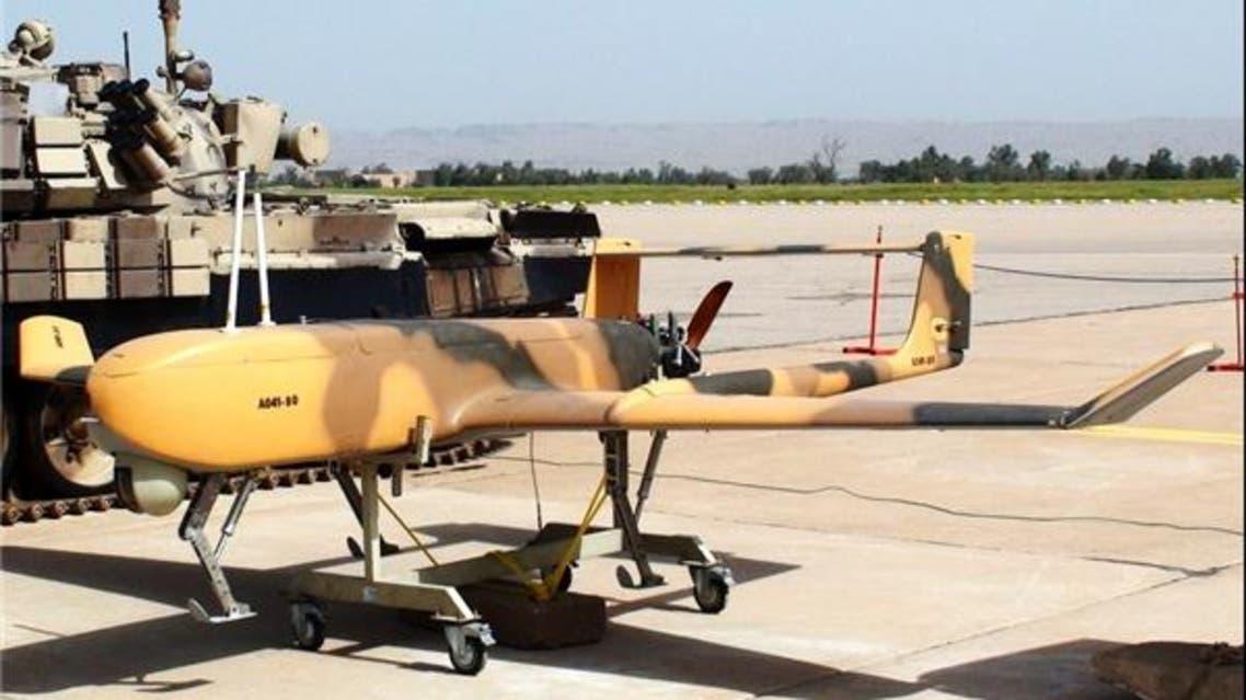 طائرة مهاجر بدون طيار الإيرانية إيران مزودة بصاروخ
