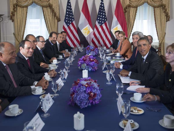 أوباما للسيسي: مصر هي حجر الزاوية لأمن المنطقة