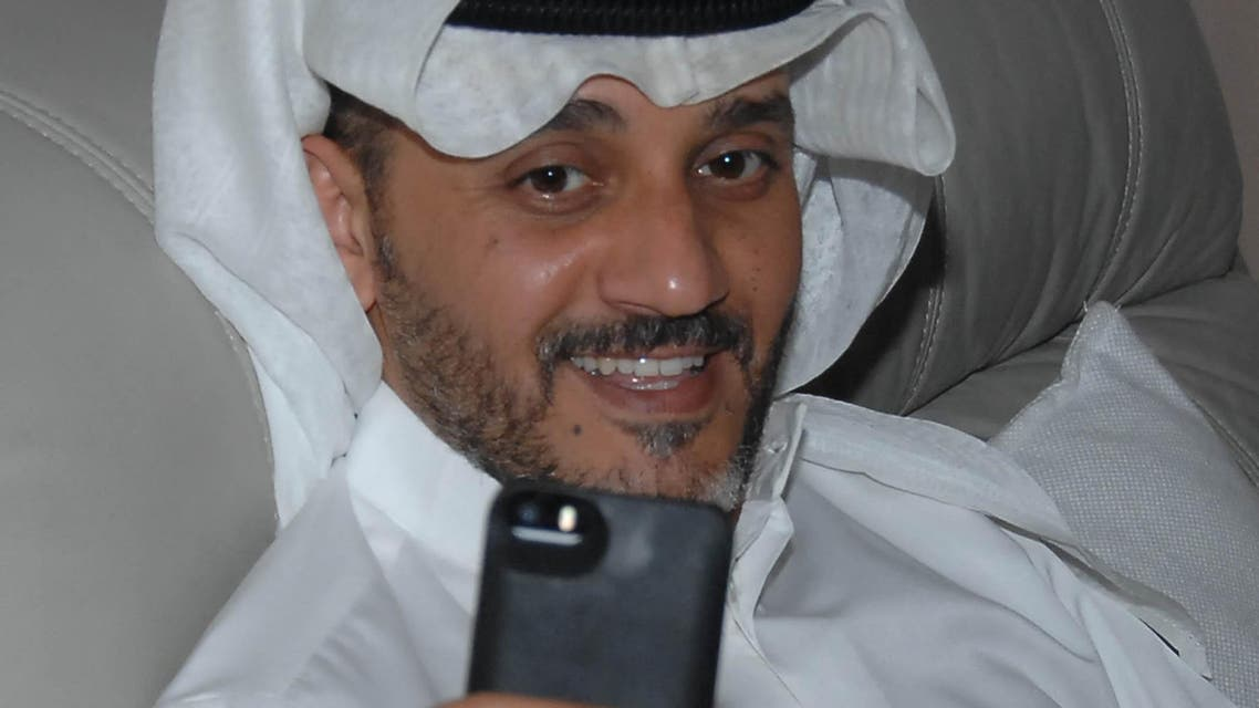 خالد البريكي يعترف أنا مدمن على السيلفي