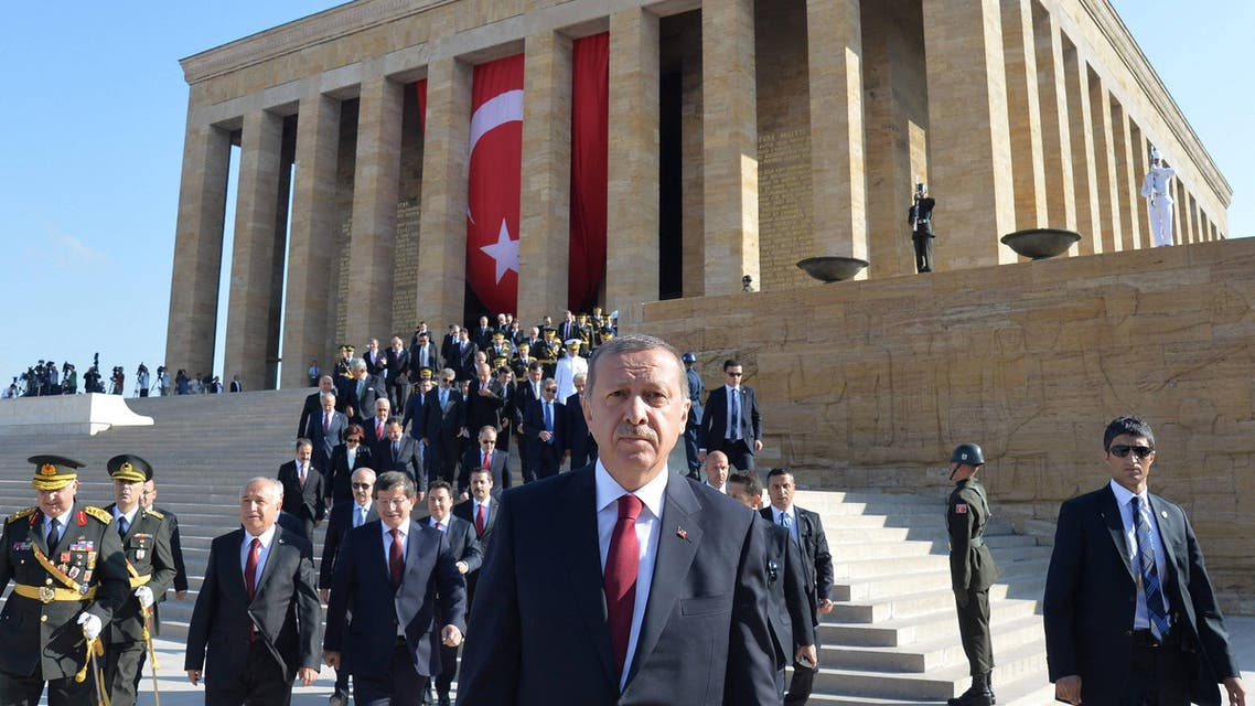 Turkey's President Tayyip Erdogan (C) attends a ceremony marking the 92nd anniversary of Victory Day at Anitkabir, mausoleum of modern Turkey's founder Ataturk, in Ankara August 30, 2014. (Reuters)