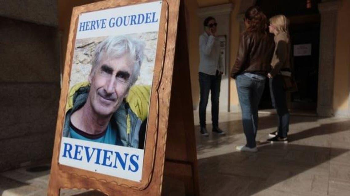 التحقيق بخطف الفرنسي يضع جزائريين بالإقامة الجبرية