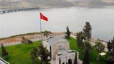 رئيس الوزراء التركي يزور ضريح سليمان شاه في سوريا