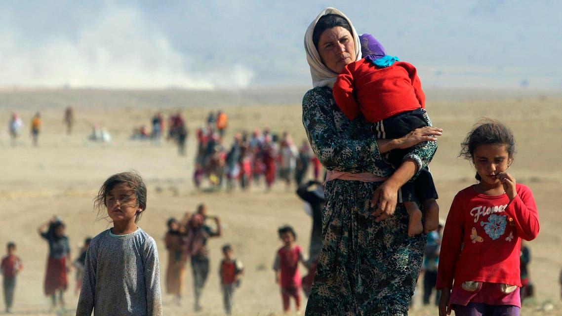 عائلات إيزيدية هاربة من بطش داعش 3
