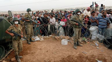 أكراد يدافعون عن كوباني ويحذرون من مجزرة على يد داعش