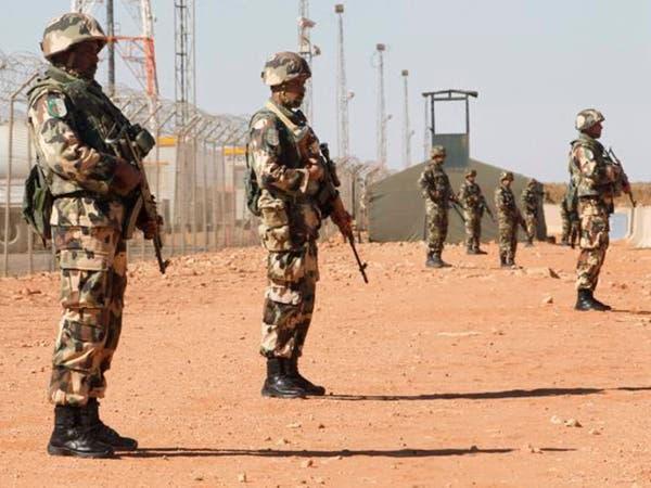 الجزائر تعثر على مخزن أسلحة قرب الحدود الليبية