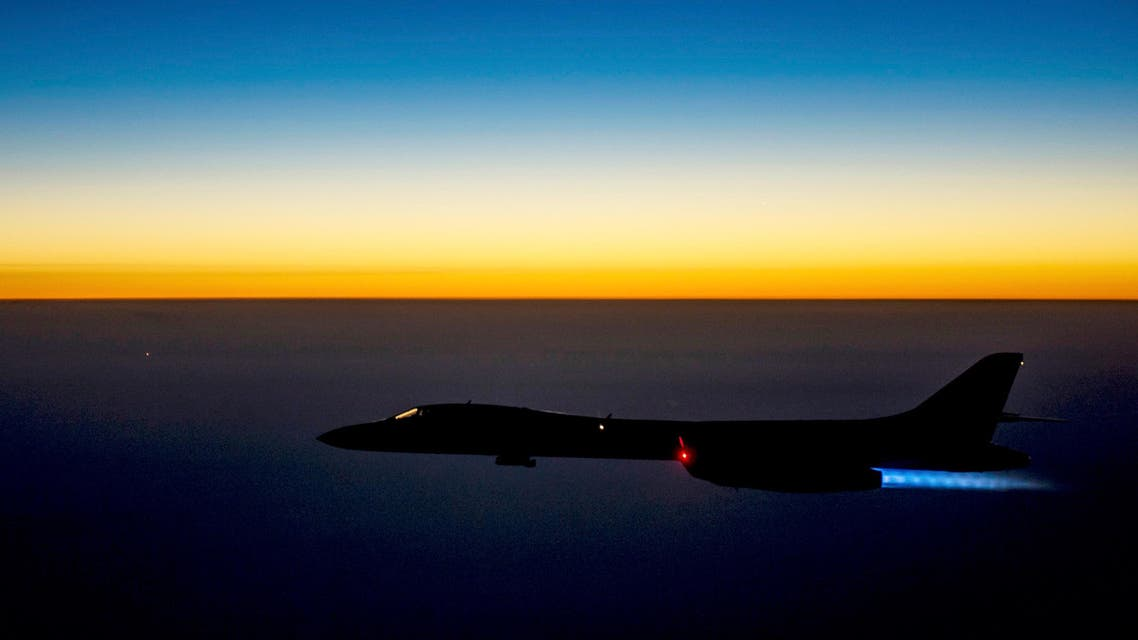 A U.S. Air Force B-1B Lancer supersonic bomber flies over northern Iraq after conducting air strikes in Syria against ISIL targets September 27, 2014.