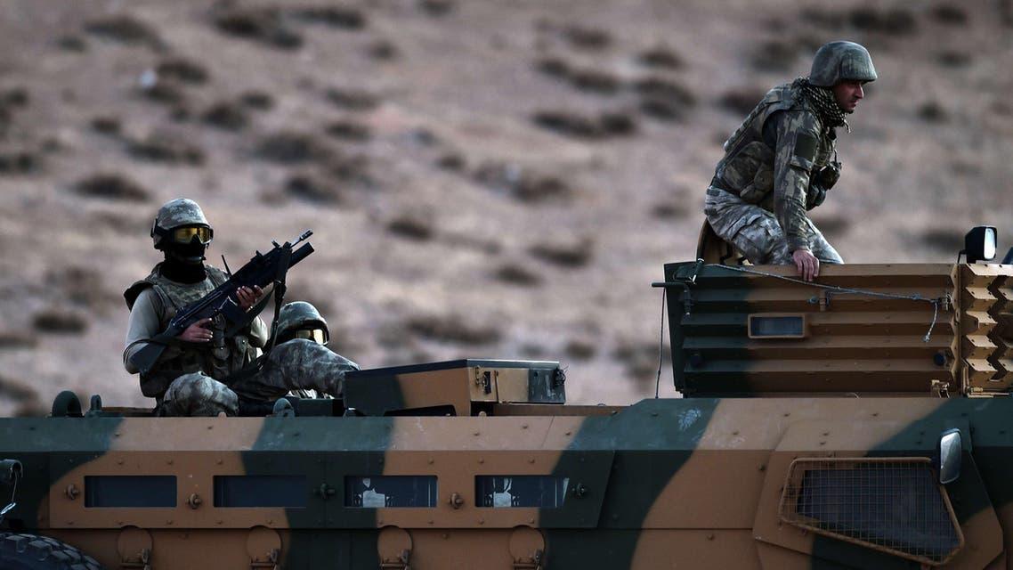 الجيش التركي على الحدود السورية