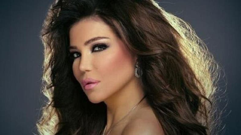 Lebanese singer throws tantrum in TV interview - Al Arabiya
