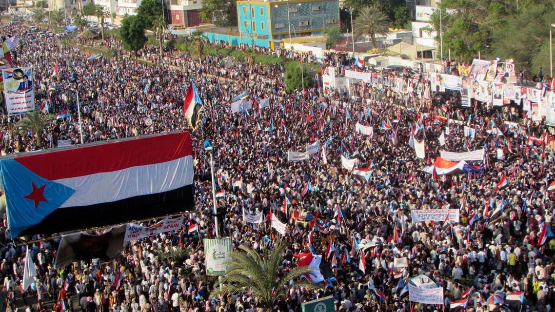 """اليمن.. المظاهرات """"تشعل"""" صنعاء ومطالب انفصال في عدن"""
