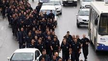 Algerian police protest outside president's office