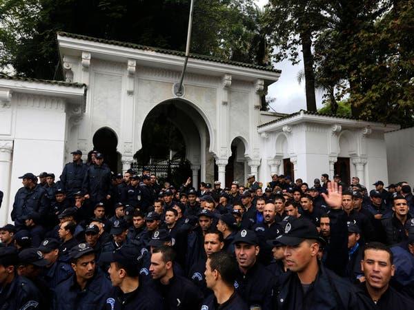 اعتصام جديد للشرطة أمام رئاسة الجمهورية بالجزائر