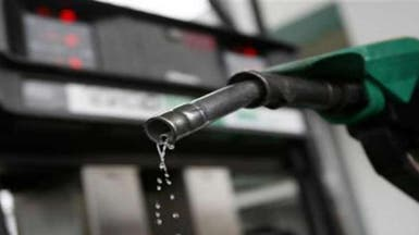 الإمارات: تحرير أسعار الوقود مطلع الشهر المقبل
