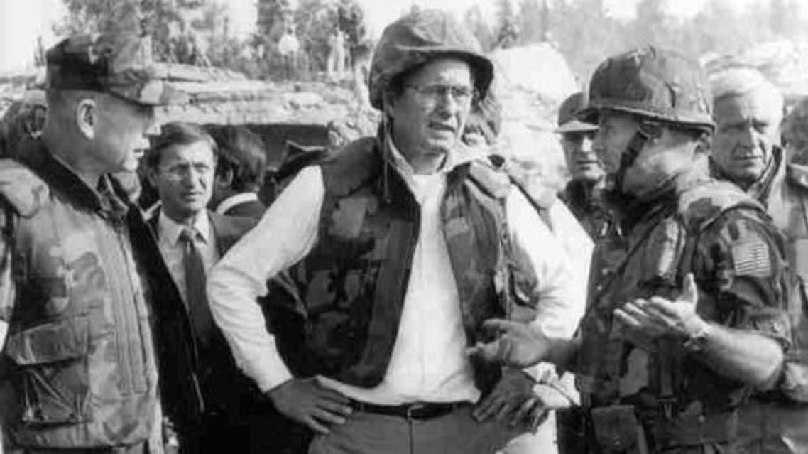بوش لدى زيارته موقع تفجير بيروت