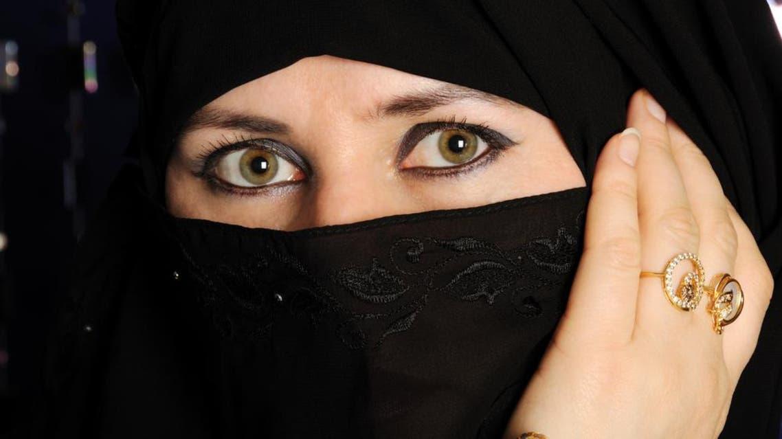 woman veil shuttertsock