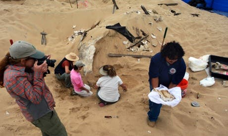Archeologists uncovering the remains of the sphinx at Guadalupe Dunes in California. (Photo courtesy: AP)