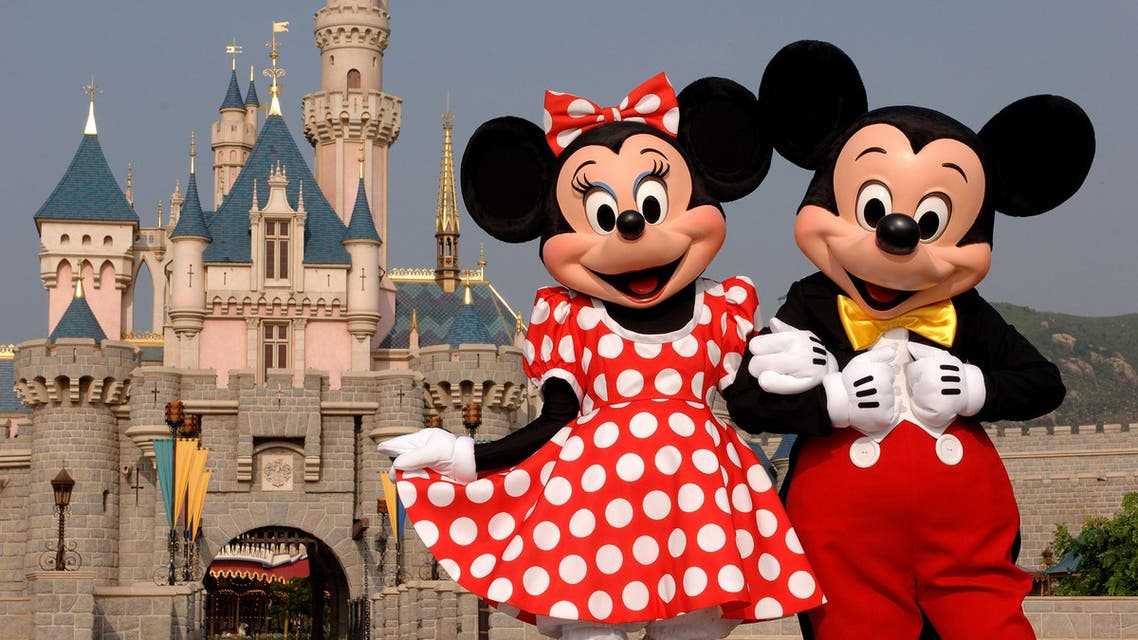 mickey mouse minnie mouse in disney land