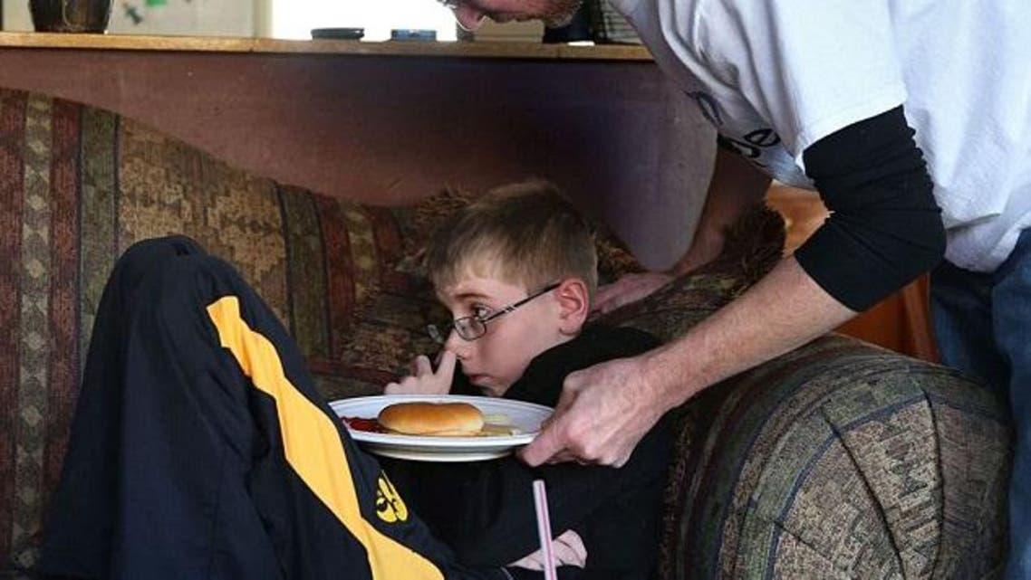 طفل في لندن لا يأكل منذ عام
