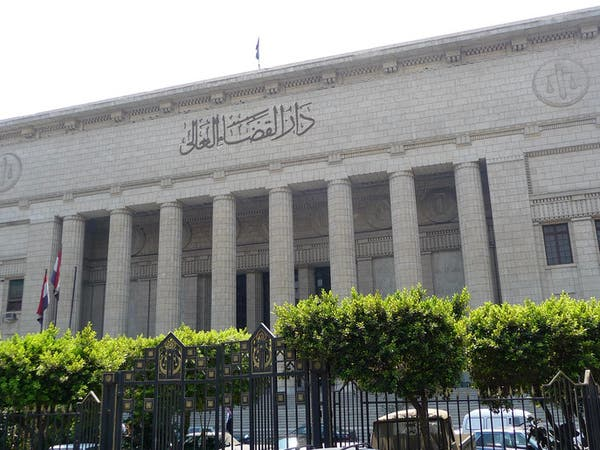 """حبس روائي مصري بتهمة """"خدش الحياء العام"""""""