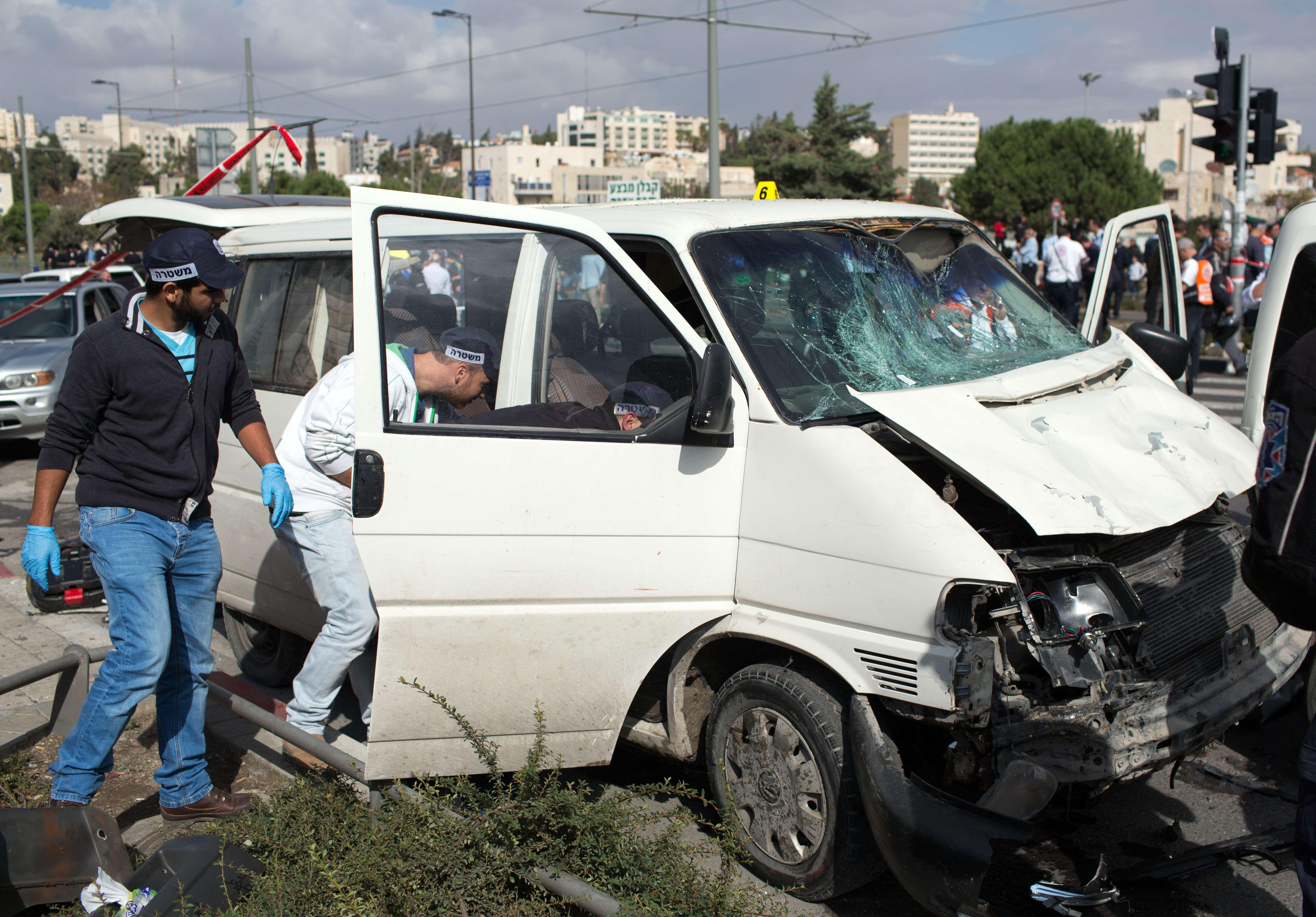 Palestinian Israeli police rams vehicle Jerusalem AFP