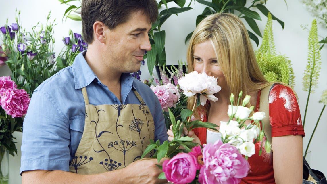 Women smell better than men. (Shutterstock)