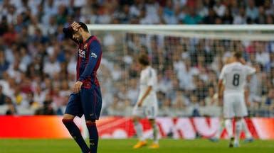إنريكي يزيد الغموض حول مستقبل بيكيه مع برشلونة