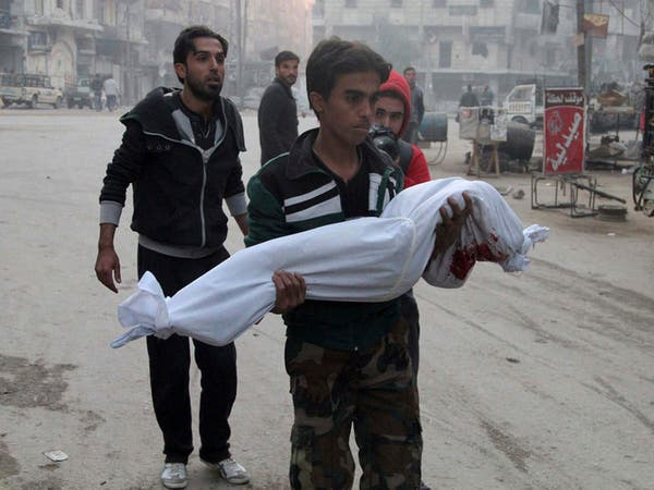 """غارات قوات الأسد على معقل """"داعش"""" بحلب تقتل 21 مدنياً"""