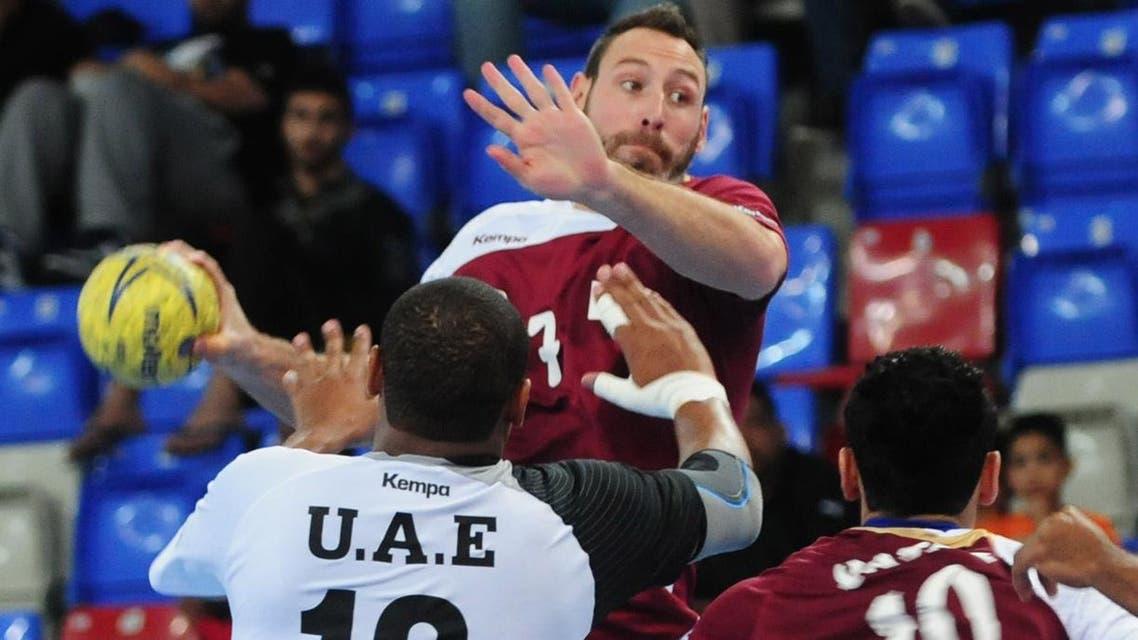 UAE team playing Qatar at the Asian Senior Men Handball Championship earlier this year. (Photo courtesy: asia16.com)
