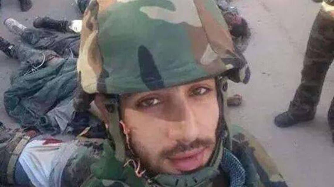 مراسل التلفزيون السوري بسيلفي مع الجثث