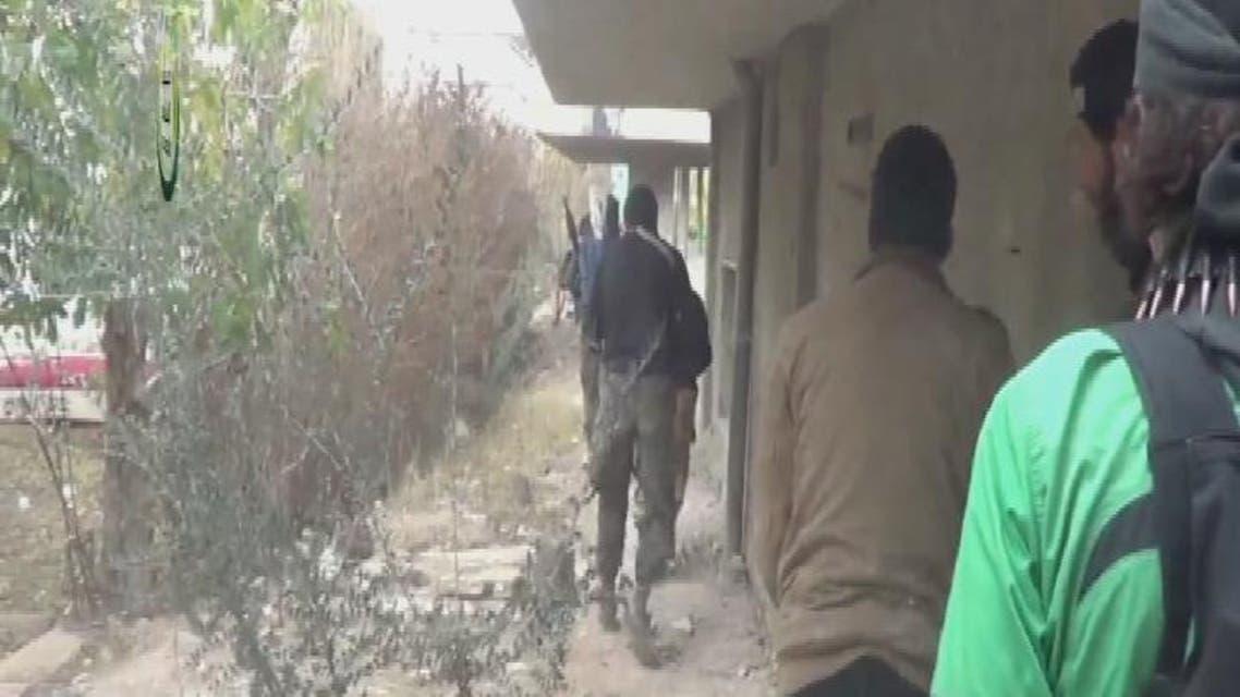 THUMBNAIL_ 02اقتحام الثوار للثكنات العسكرية على أطراف مدينة الشيخ مسكين بريف درعا