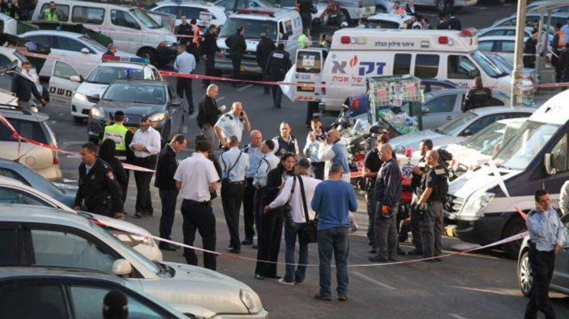مقتل 5 إسرائيليين قرب كنيس يهودي