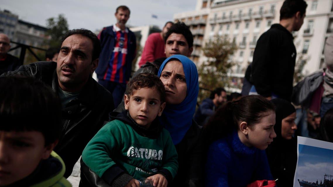 سوري سوريون سوريين لاجئ لاجئون لاجئين اليونان اثينا