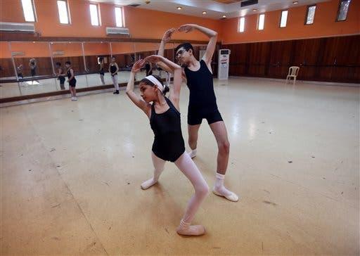 AP IRaq ballet