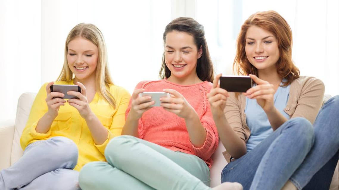 smartphone video usage Shutterstock
