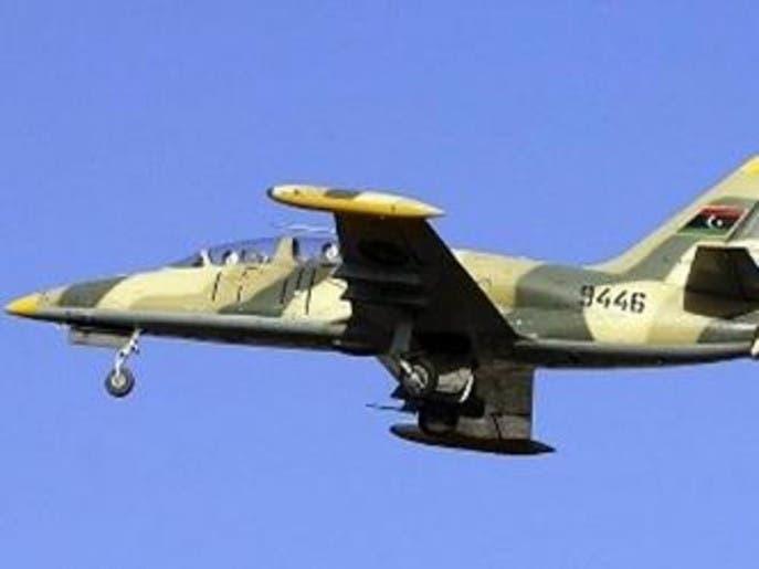 غارات جوية للجيش الليبي على قوات الوفاق غرب مصراتة