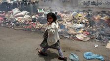 الجوع والفقر ينهشان أجساد أطفال اليمن