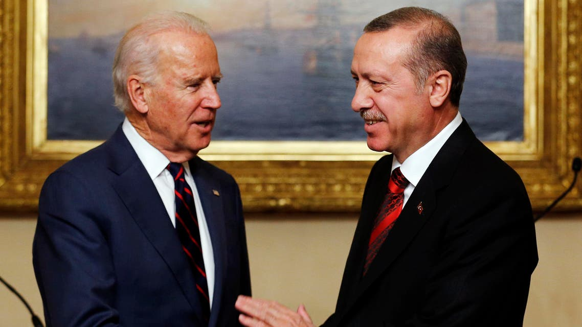 U.S. Vice President Joe Biden (L) meets with Turkey's President Tayyip Erdogan at Beylerbeyi Palace in Istanbul November 22, 2014. (Reuters)