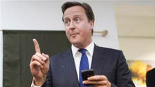 """كاميرون يدافع عن """"رسالته"""" إلى أئمة مساجد بريطانيا"""