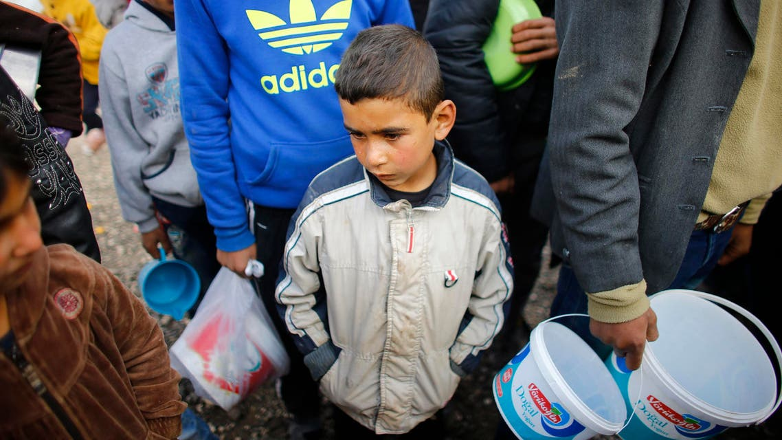 Kurdish refugees from the Syrian town of Kobani