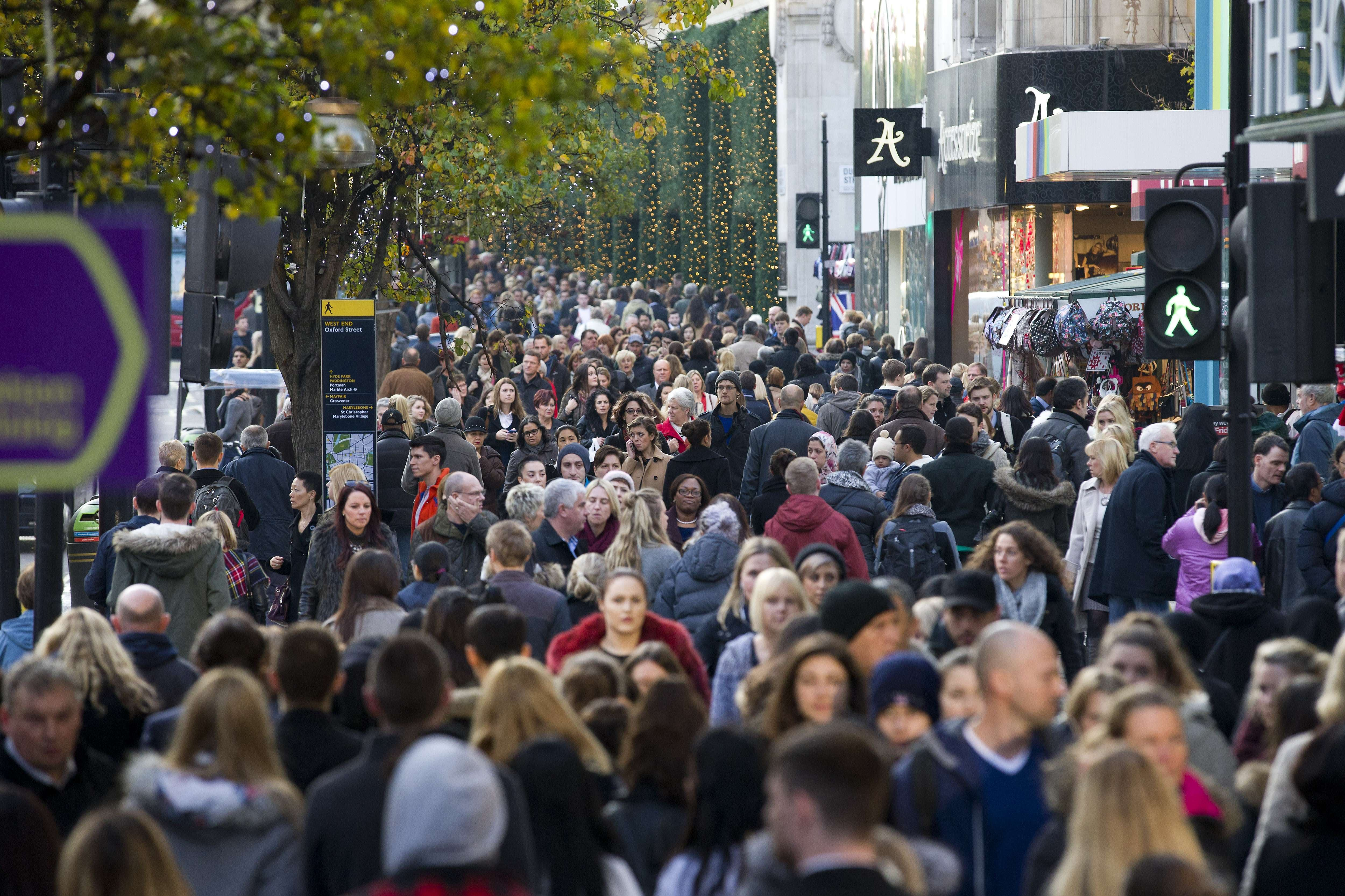 Violence erupts from 'Black Friday' shopping in UK